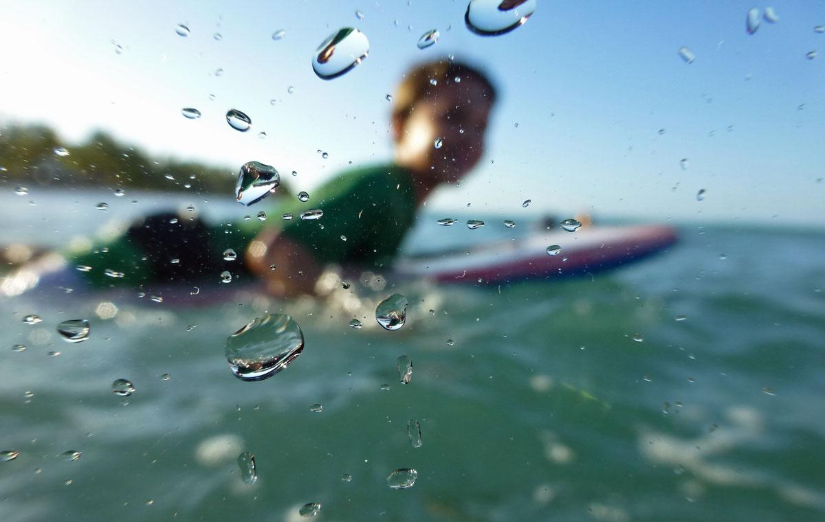 Surfing Playa Bonita