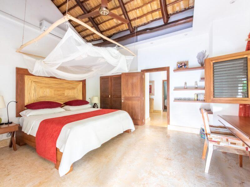 Veranda Room West